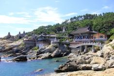 Busan Seaside Temple