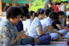 Buddhist Praying