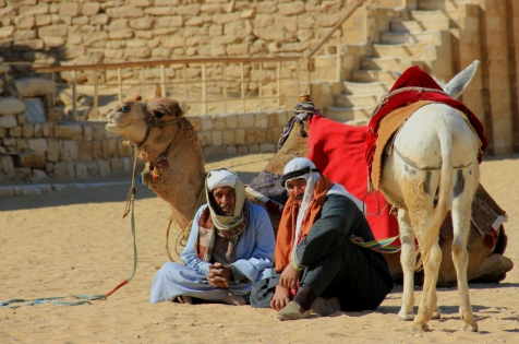 Pyramid Vendors taking a Breather
