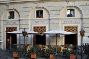 Da Pancrazio Ristorante facade in Rome